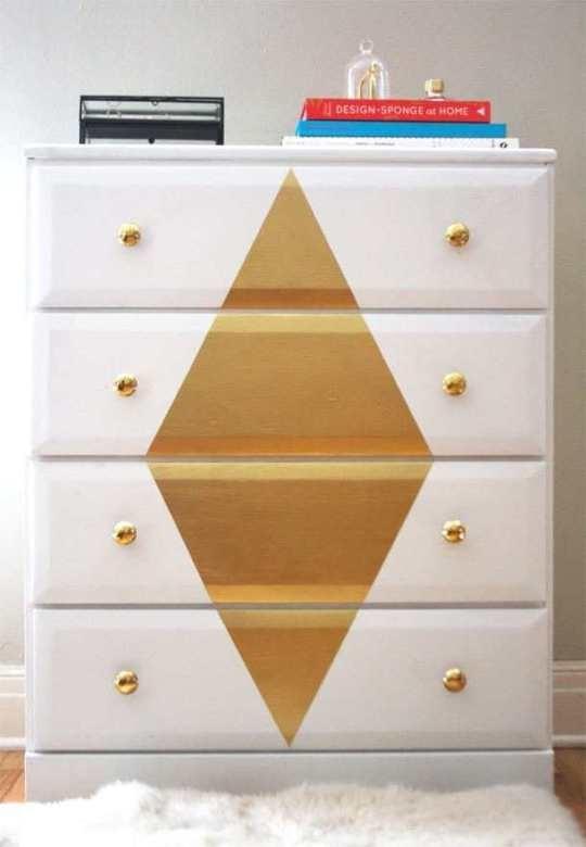 3 Paint the Dresser via simphome
