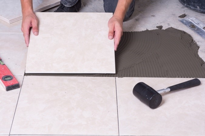 6 Replace the Bathroom Tiles or Simply Clean the Grout via simphome
