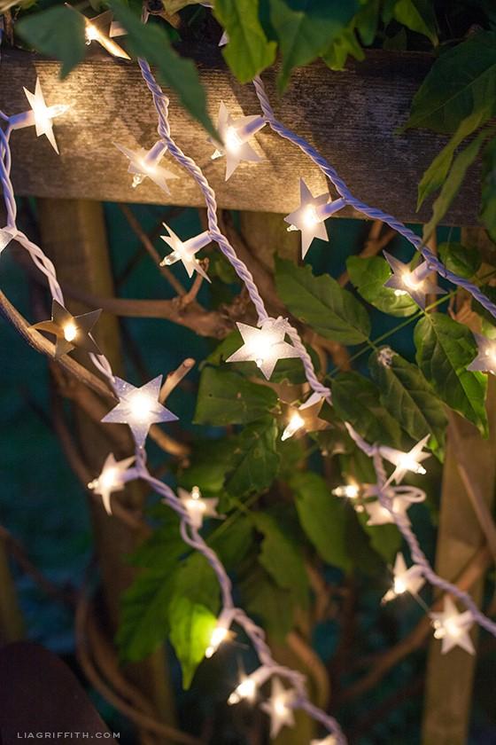 1. Twinkle Twinkle Little Stars via SIMPHOME.COM