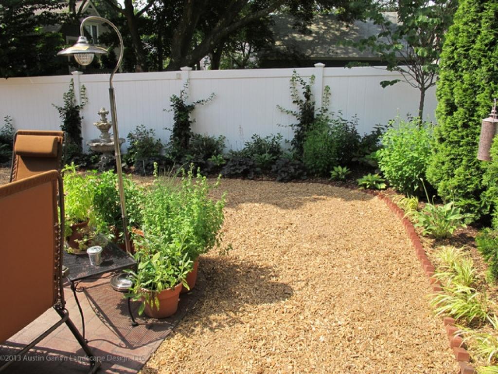 12 Ideas How To Improve Dog Backyard Landscape Simphome