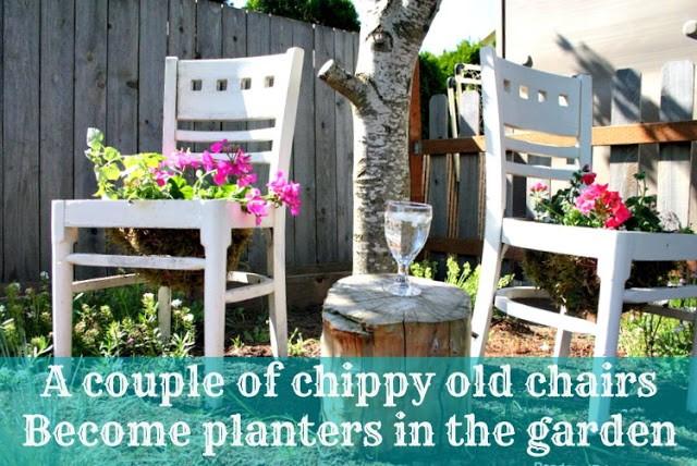 1. SIMPHOME.COM Shabby Chic Planters