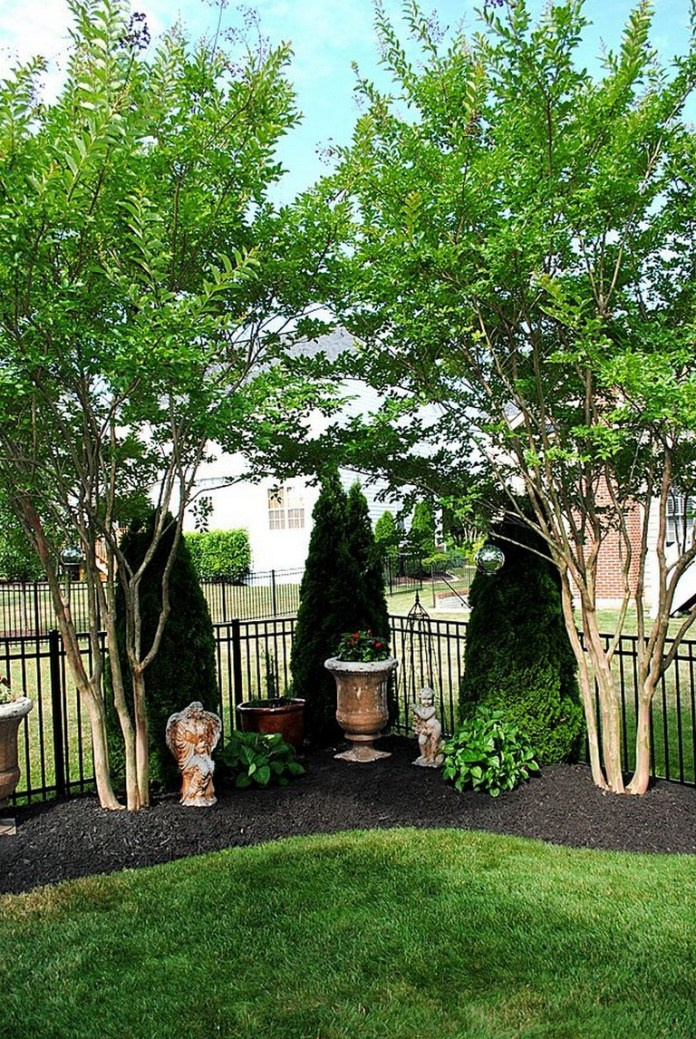19.SIMPHOME.COM 10 big tips and ideas to create backyard privacy landscaping