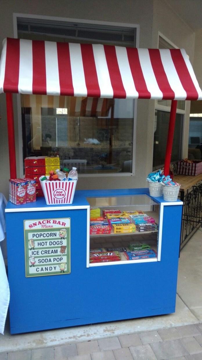 20.SIMPHOME.COM backyard movie night snack bar concession stand diy party