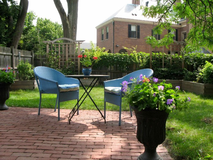 rootsliving blog archive beacon hill backyard yard makeover beta with cheap backyard makeover ideas