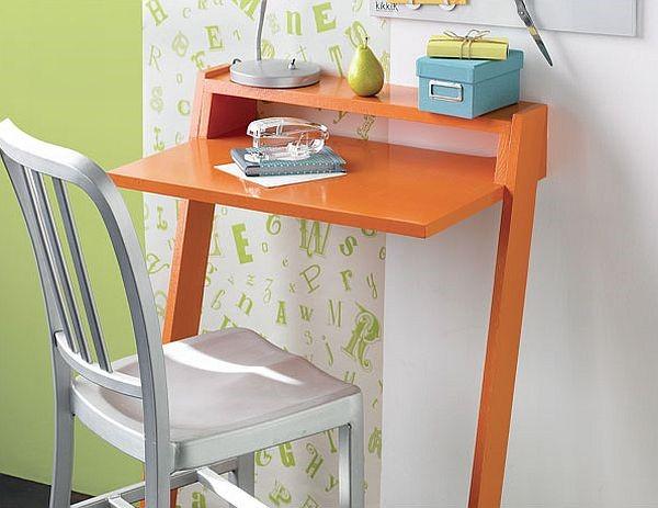 6.SIMPHOME.COM Mini Laptop Desk