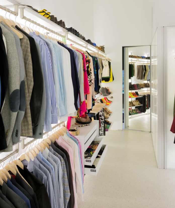 2. Make Open Closet System By Simphome.com