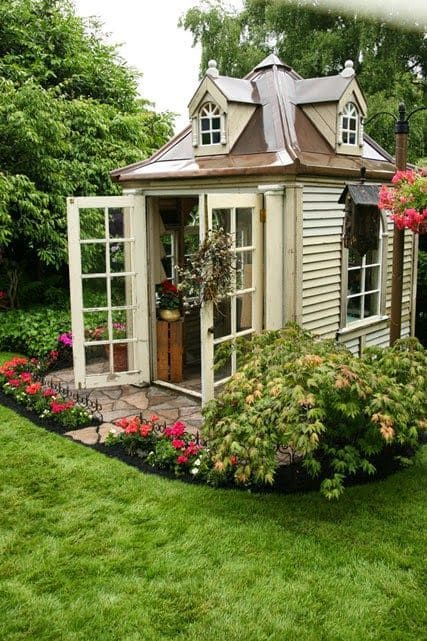 2.Simphome.com Chic Two Story Gardening Shed Project idea 2