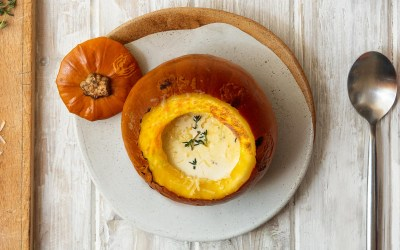 Roast pumpkin with cream, Parmesan and thyme