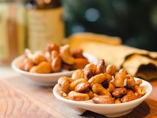 Honey Roasted Almonds and Cashews