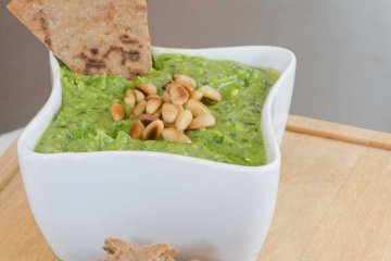 Asparagus Pesto with a Pita Wedge