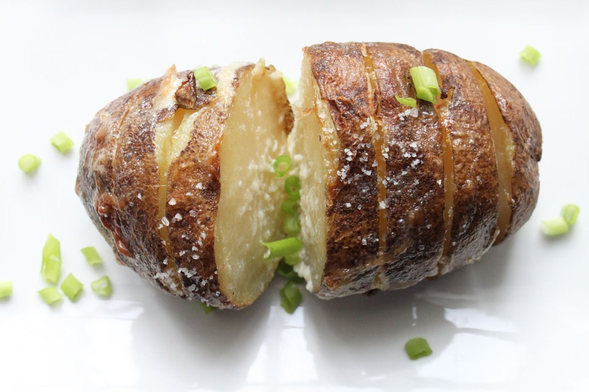 Mayonnaise Grilled Potatoes Recipe