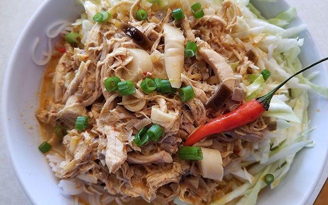 Laotian Khao Poon