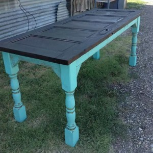 How to make a table out of an old wood door