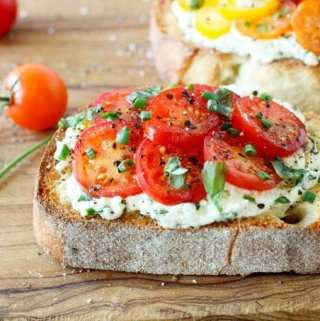 Fresh Tomato and Herbed Ricotta Bruschetta