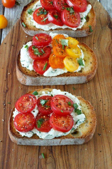 tomato crostini pinterest