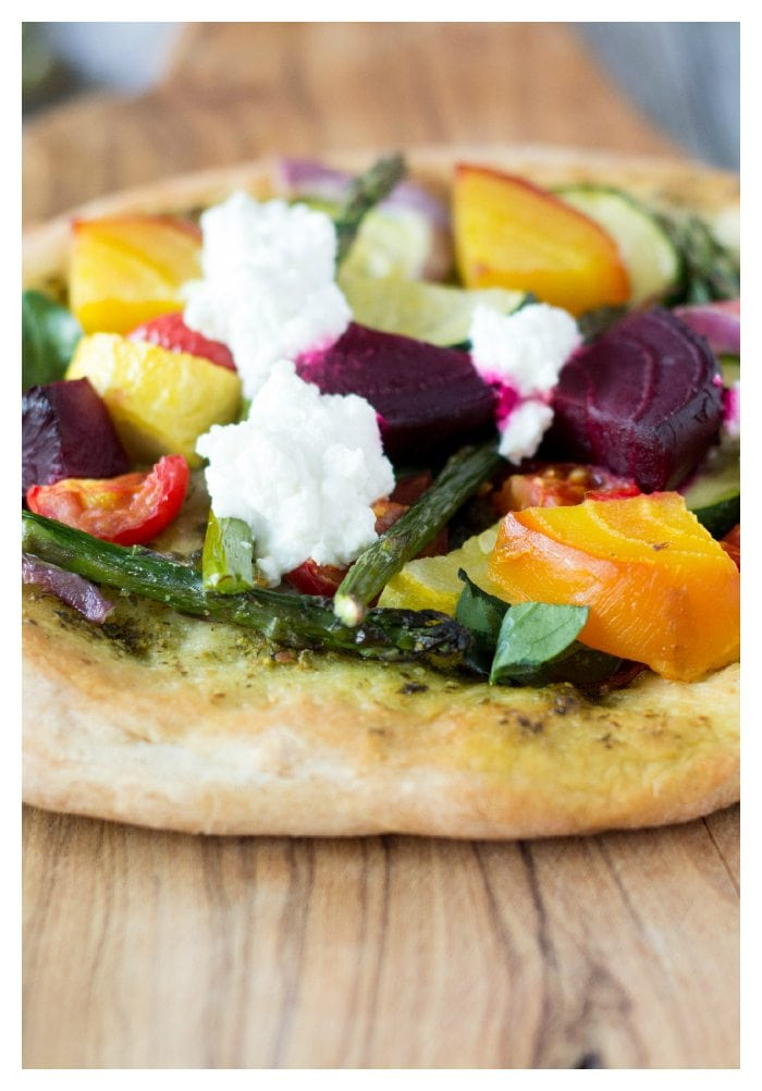 rustic pesto veggie pizza
