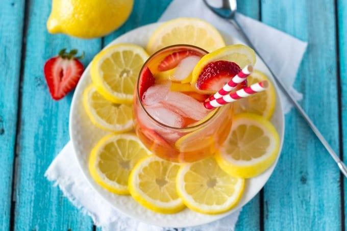 strawberry lemonade 2-simplehealthykitchen.com (1 of 1)