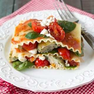 {No Bake} Spinach Tomato and Feta Lasagna