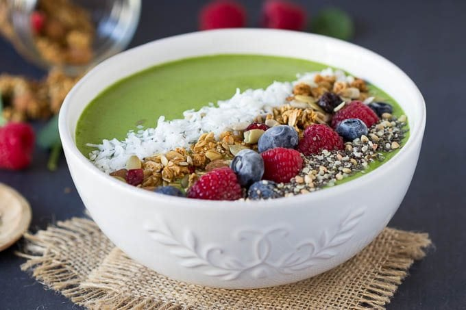 green-smoothie-bowl 2