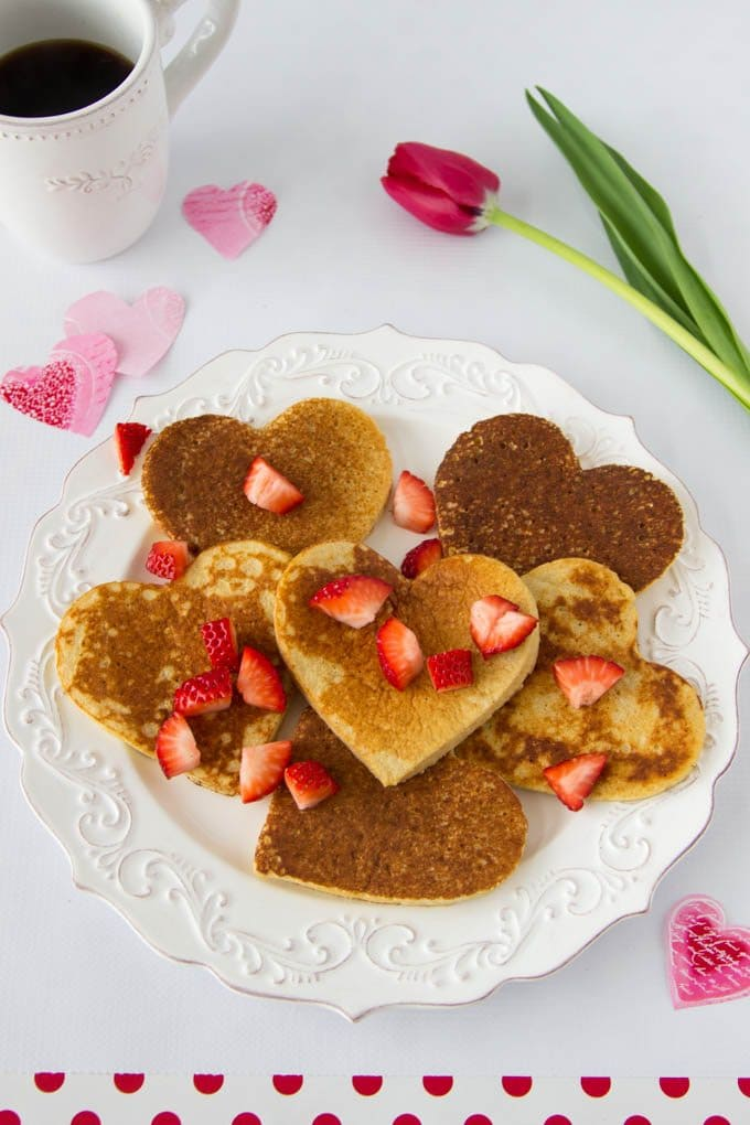 high-protein-oatmeal-pancakes-heart-shaped-valentines-day 8