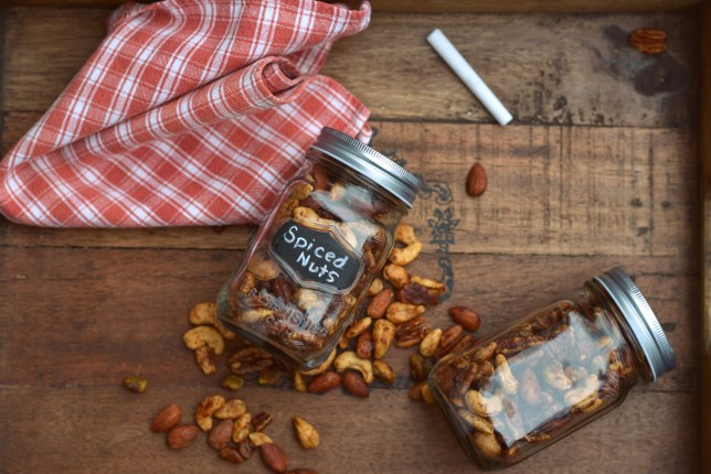 Nuts-004
