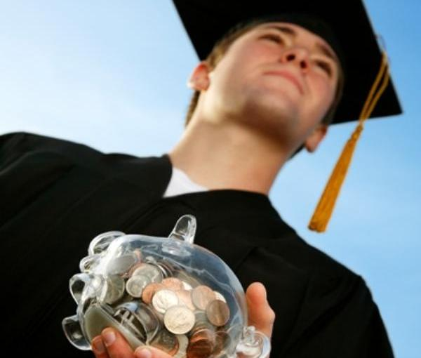 Best Financial Tips for Newly Grads
