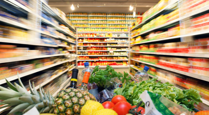 How to Limit the Use of Your Credit Card When Grocery Shopping