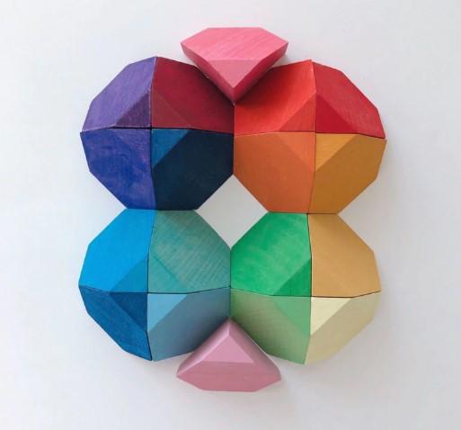 18 Blocs de bois multicolores avec cadre en bois