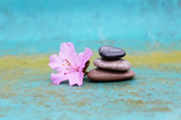stone-pile-1307643_640