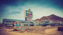 Creepy Clown Motel - Simplemost