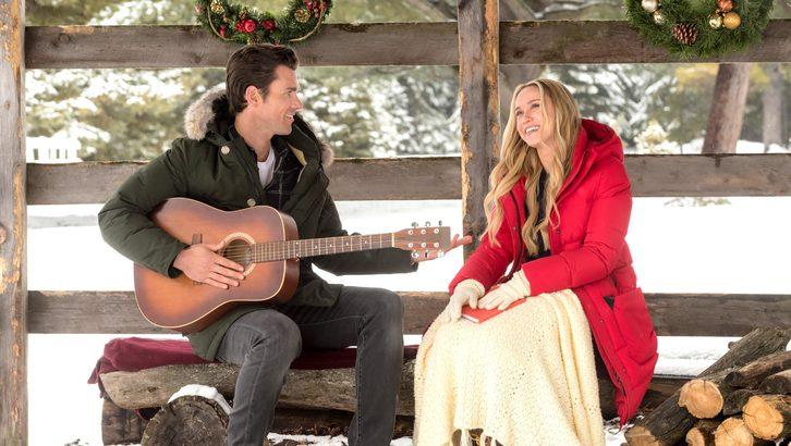 Hallmarks 2017 Christmas Movies Premiere Dates Simplemost