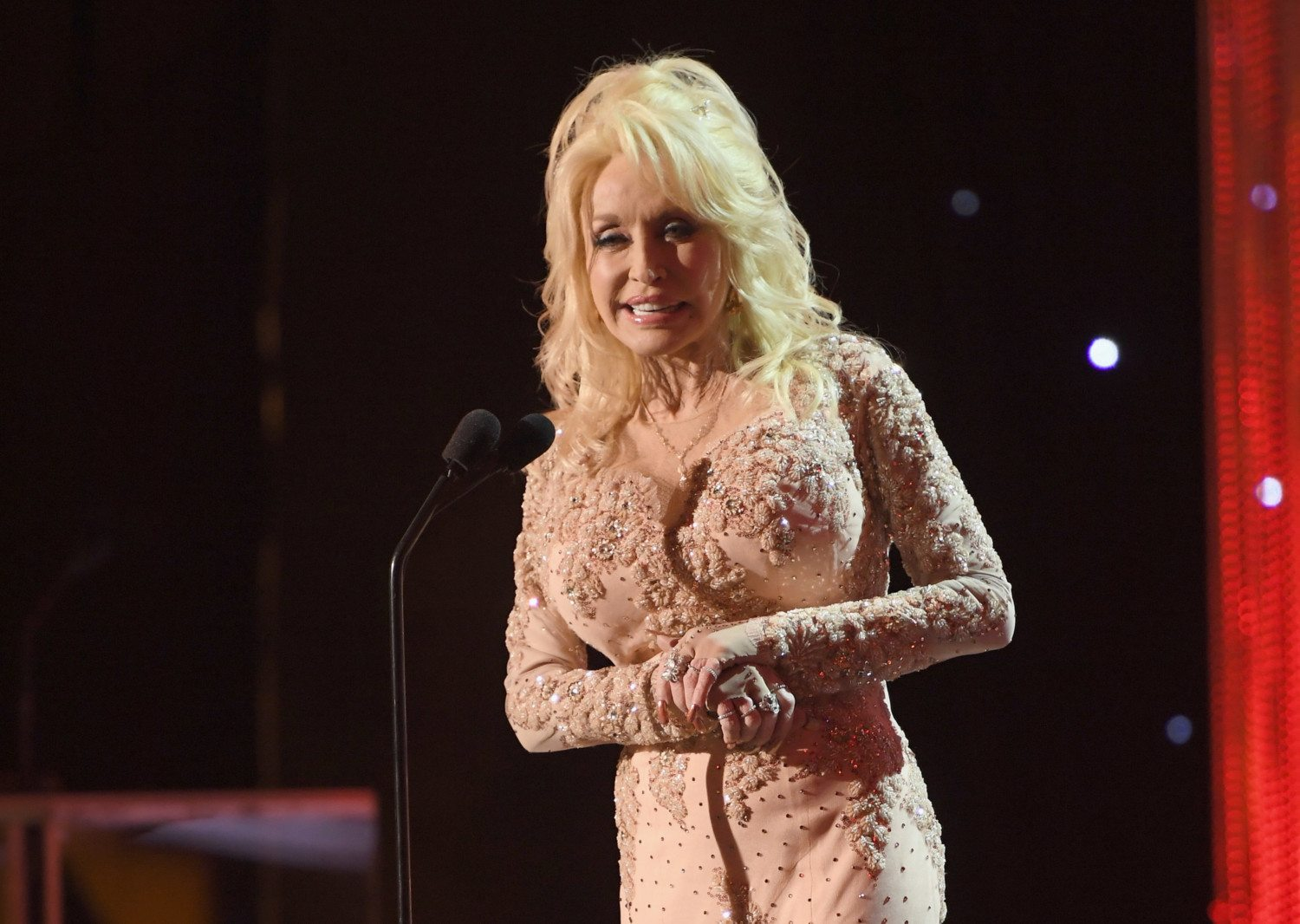 Dolly Parton Talks About Why She Never Had Children