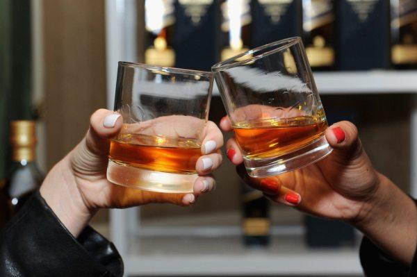 Johnnie Walker Releases 'jane Walker' Whisky - Simplemost
