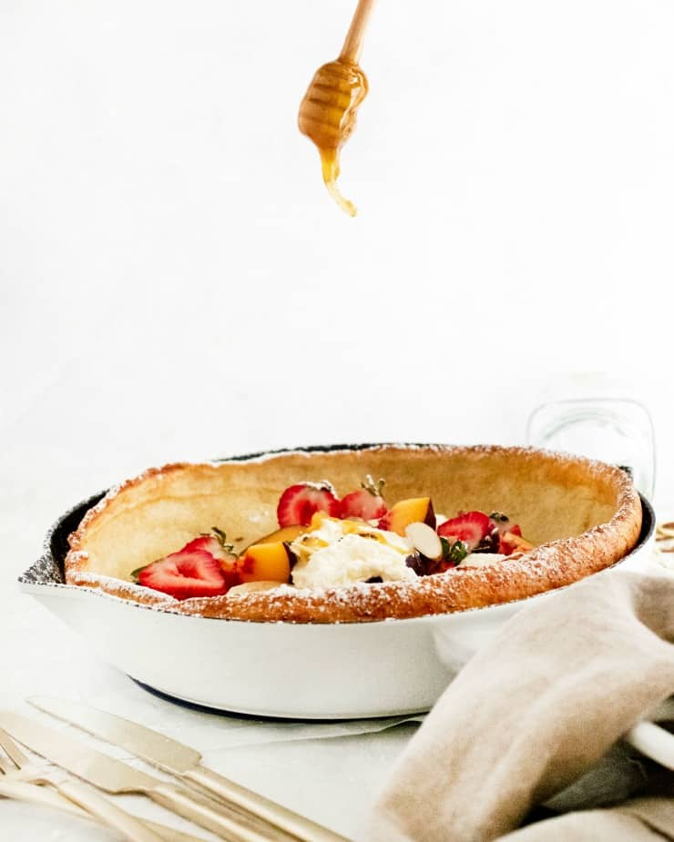 How to make a Dutch Baby pancake - this German based fluffy, airy and buttery pancake is not complex and worth all 5 minutes it takes to prepare it.