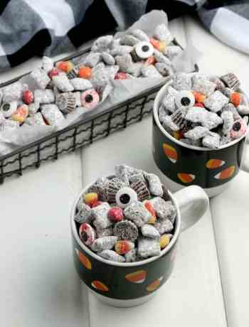 How to make Halloween Puppy Chow