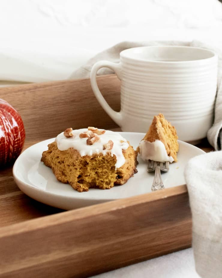 How to make SIMPLE Pumpkin Brown Butter scones from scratch - a wonderful start to a fall day #pumpkinscones #fallbrunch