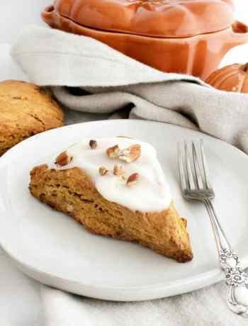 How to make SIMPLE Pumpkin Brown Butter scones from scratch - a wonderful start to a fall day #fallbrunch #pumpkinscones