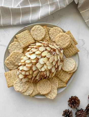 SIMPLE Caramelized Nut Pinecone Cheeseball