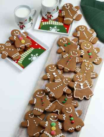 Learn how to make gingerbread cookies with our easy to follow step by step instructions #simplepartyfood