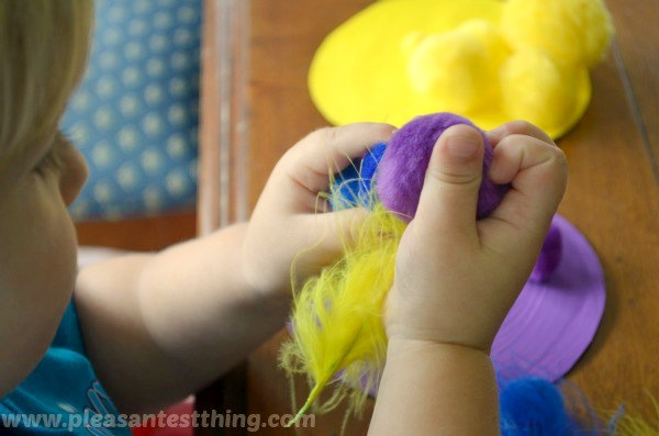 Simple color sorting play idea for toddlers