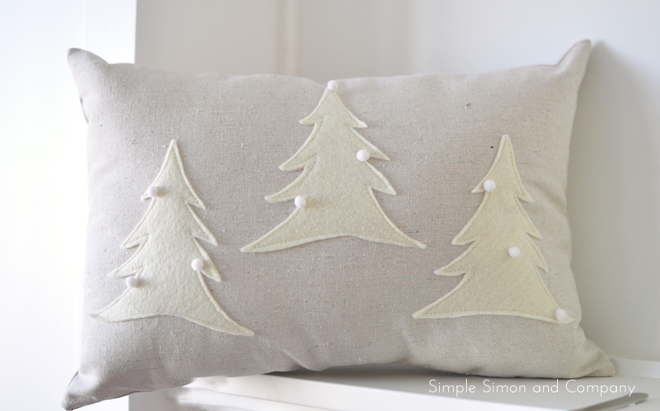 Christmas Pillows Part - 36: Felt Christmas Pillow