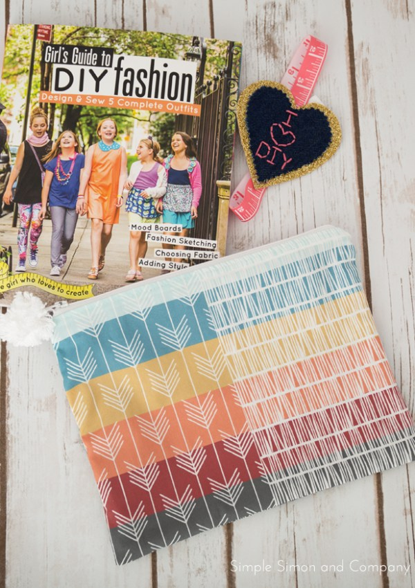 Girl's Guide to DIY Fashion Book