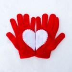 DIY Heart Valentine Gloves