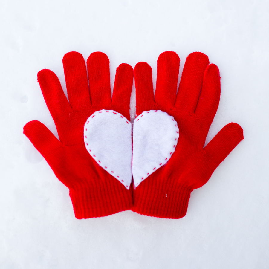 heart gloves 4