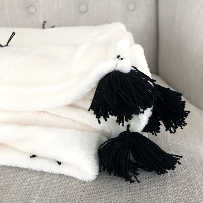 How to Embellish a Fleece Throw