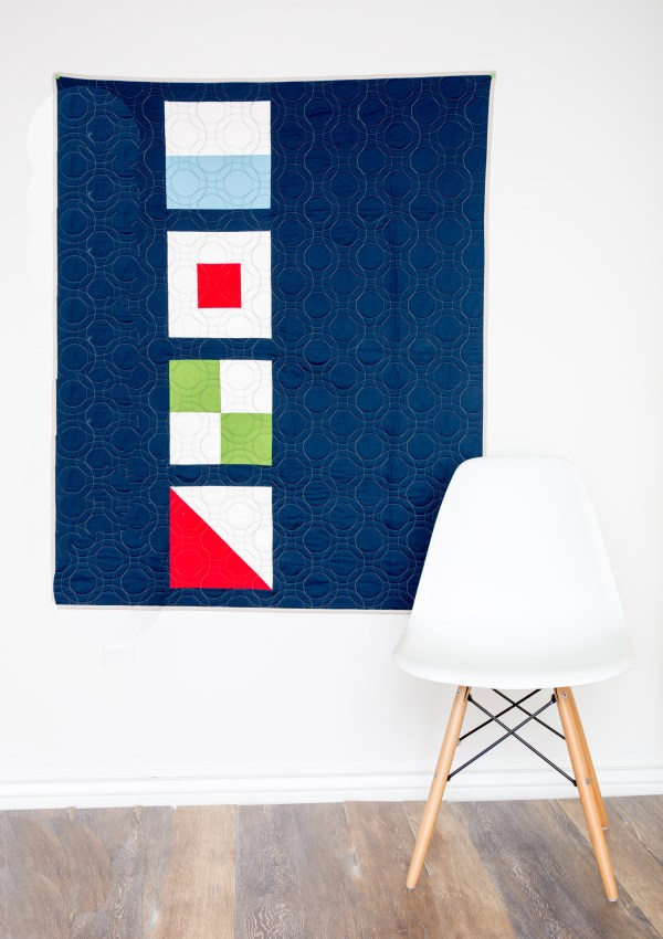 Nautical Summer Quilt Along:  Modern Nautical Baby Quilt–How to Make a Simplified Courthouse Steps Quilt Block