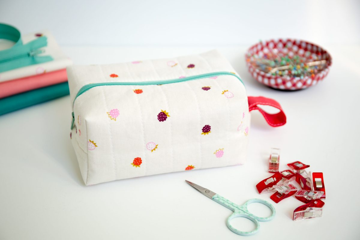 Quilted Boxy Pouch Pattern by Simple Simon and Company