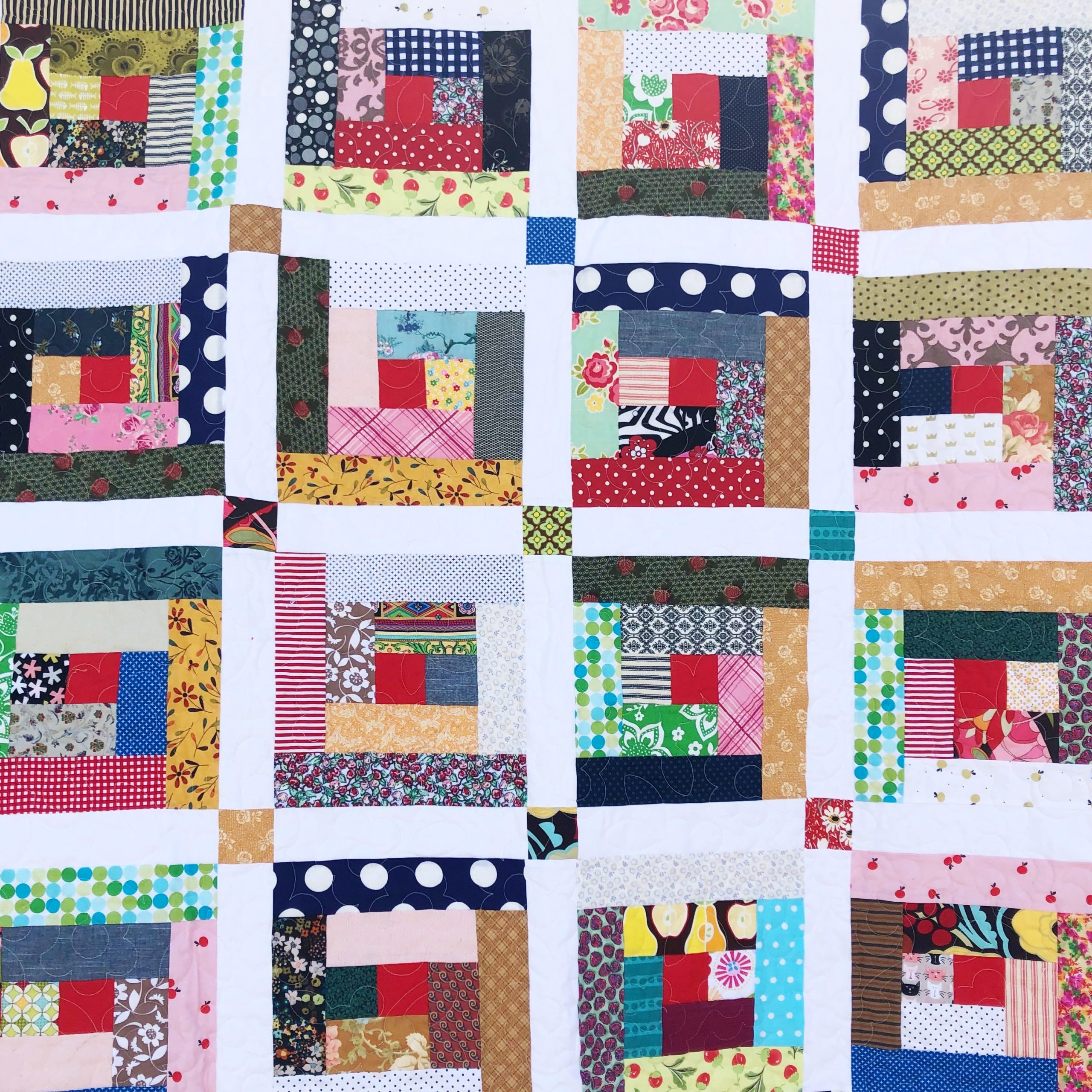 The Heart of the Home: Log Cabin Quilt Pattern - Simple Simon and Company