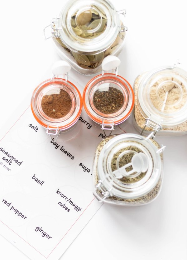 Simple DIY Spice Jar Labels For Your Kitchen