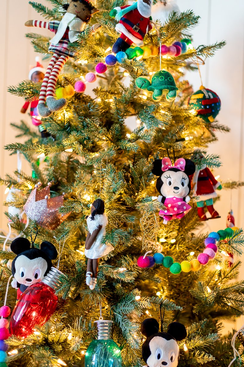 felt ornaments and felt pom pom ornaments